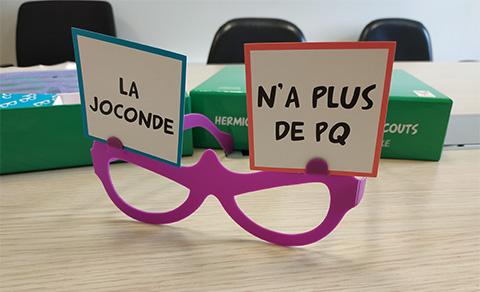 ta-mère-en-slip-2-lunettes-joconde