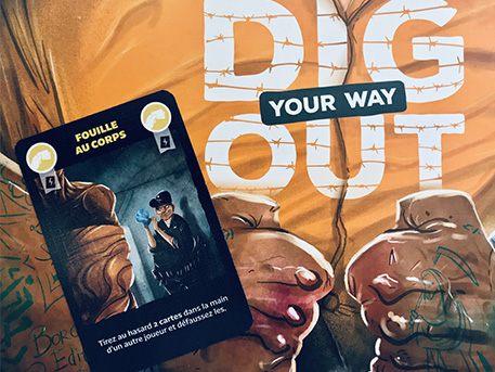 dig-your-way-out-carte-fouille-au-corps